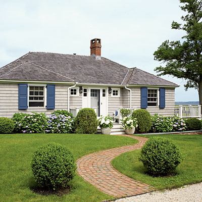 A beach house facelift home spun style for Beach house gray paint colors