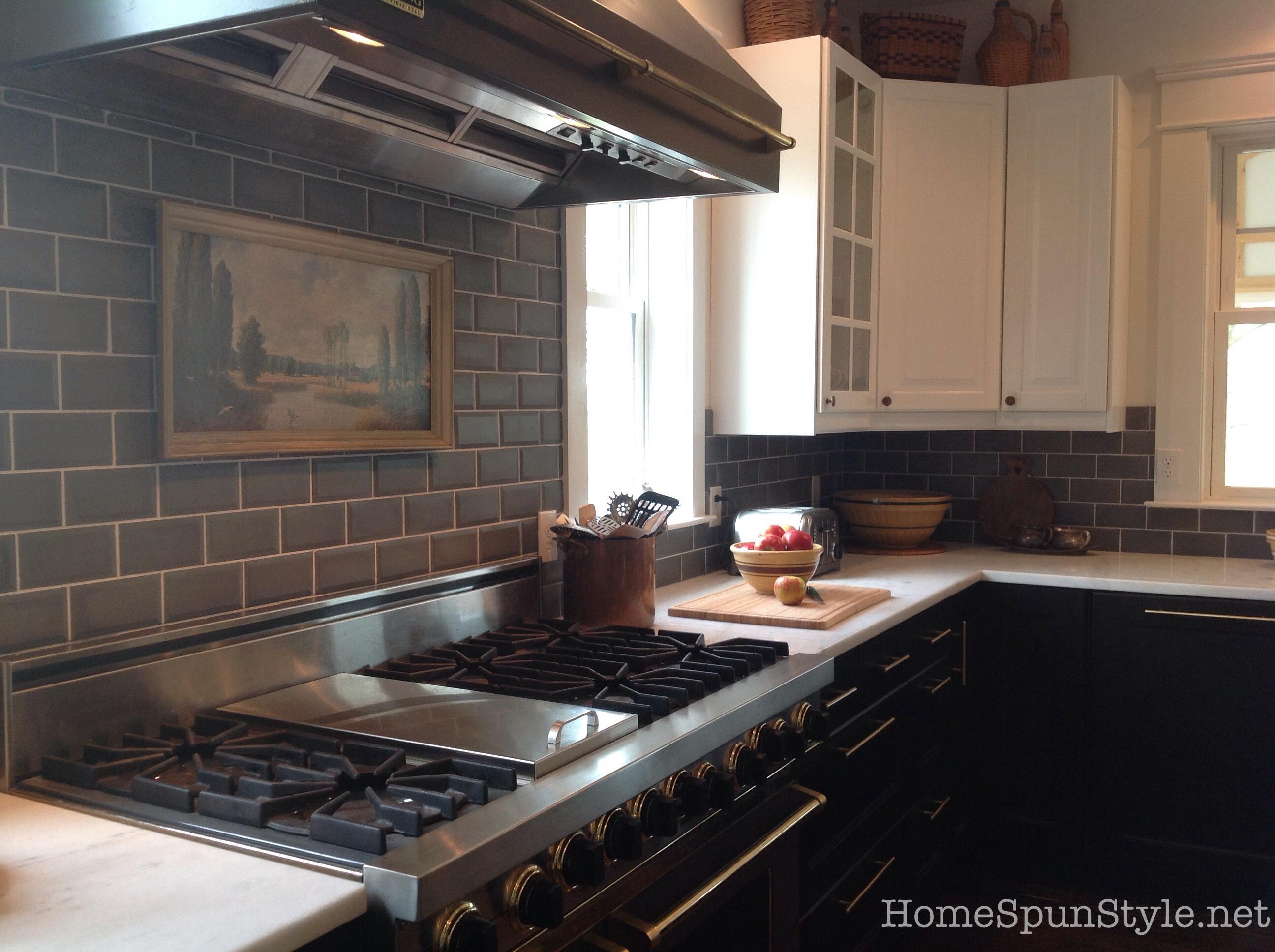 Cement tiles kitchen stunning kitchen backsplash for Carrelage kitch